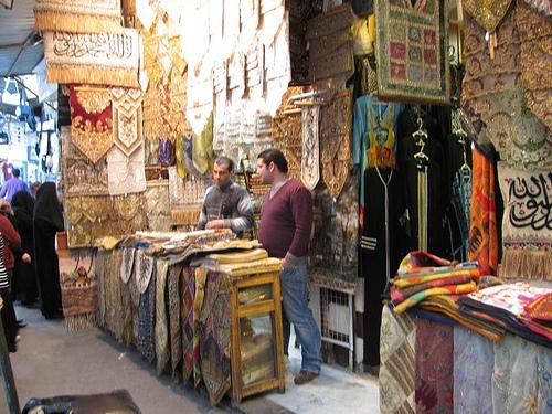 Търговска улица в Дамаск от спокойното време преди военния конфликт